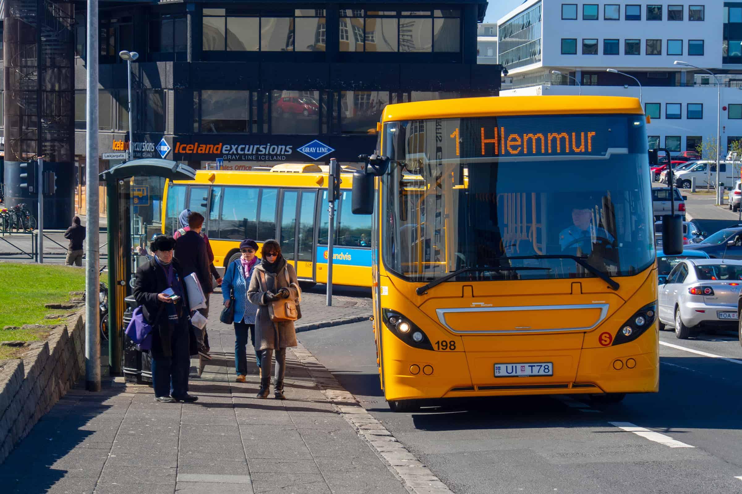 Stadsbus van Reykjavik