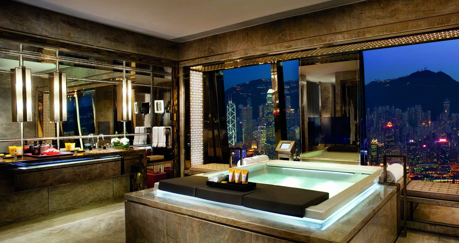 Ritz Carlton, Hong Kong
