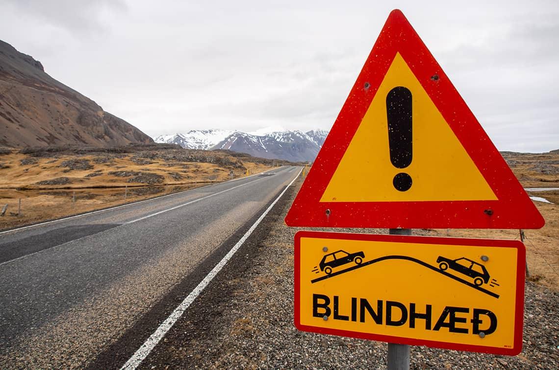 Waarschuwingsbord in IJsland