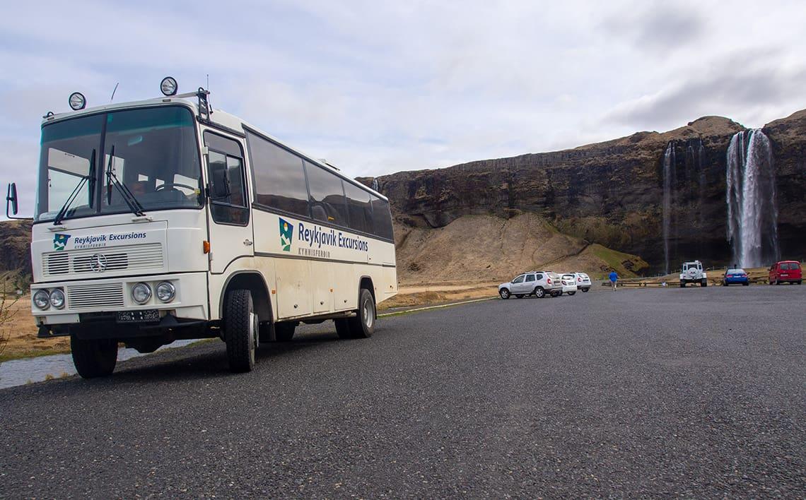 Met de bus door IJsland