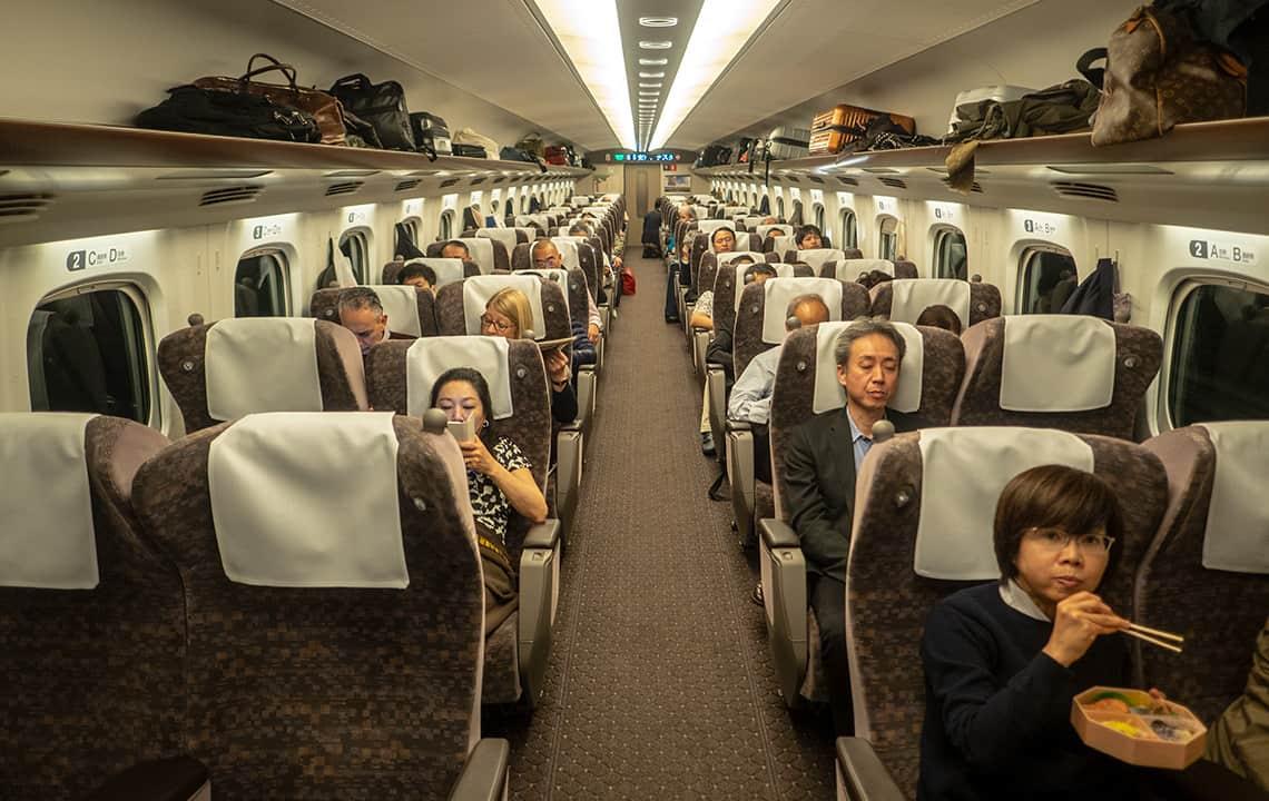 In de Shinkansen