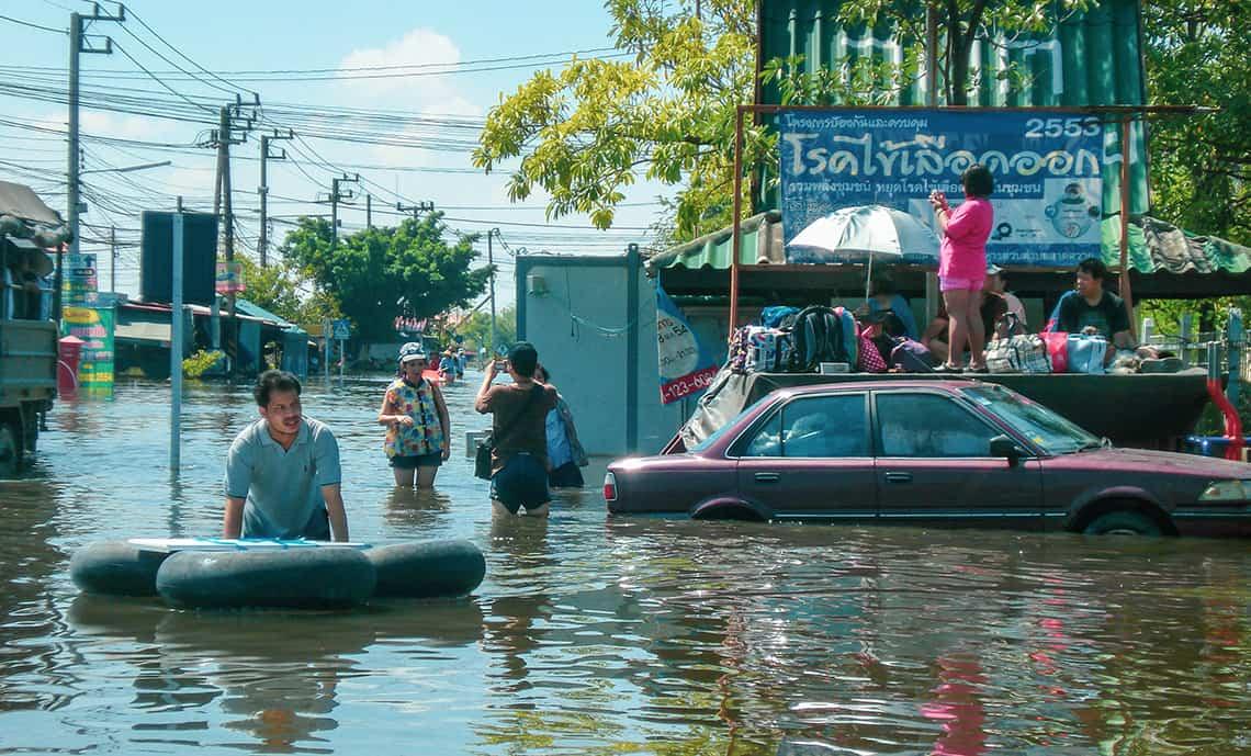 Wateroverlast tijdens het regenseizoen in Thailand